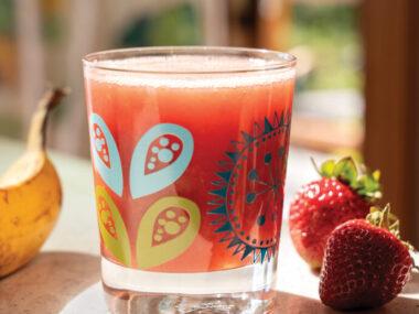 Receta Vegana: Batido de té verde helado de fresa y plátano