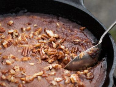 Receta Vegana: Pastel de pudín de nueces caramelizadas sin glúten