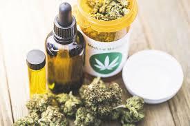 Uso de marihuana examinado entre adultos con afecciones médicas