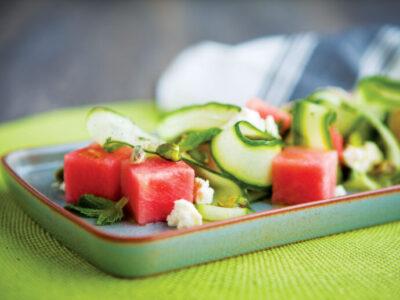 Receta Vegetariana: Ensalada de Pepino y Sandía con Queso Feta