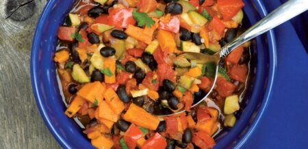 Receta Vegana: Chili de Frijoles Negros y Boniato
