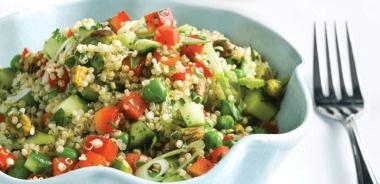 Receta Vegana: Ensalada de primavera de quinoa con vinagreta de sidra simple